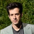 Mark Ronson dévoile son single Pieces of Us