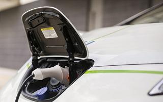 Automobile electrique et bornes de recharge, EDF lance Dreev pour le V2G