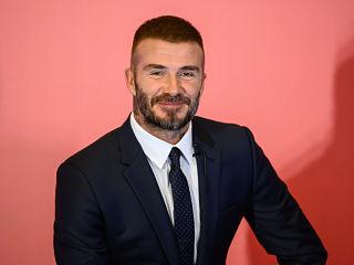 David Beckham, l ex footballeur lancera des lunettes de vue et des solaires en collaboration avec Safilo