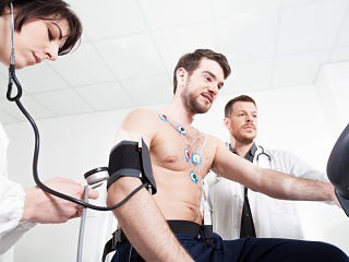 Vitamine D et hypertension, une carence peut entrainer une hausse de la pression systolique a l adolescence