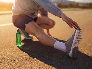 Sport et running, un coach sportif donne des conseils pour un entrainement  optimal lors de l activite physique