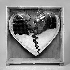 Mark Ranson : True Blue, le single du musicien britannique, est extrait de Late Night Feelings