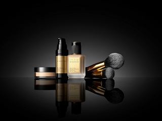 Pat McGrath Labs: Skin Fetish: The System, la campagne de la collection est realisee par Steven Meisel