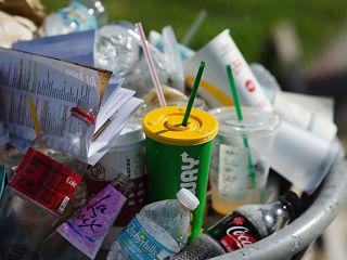 Plastiques et sante, la toxicite du plastique dans les produits alimentaires souvent ignoree