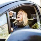 Automobilistes, quelles sont les chansons que vous écoutez au volant ?