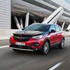 Grandland X Hybrid4, un SUV qui s'ajoutera au catalogue d'Opel