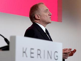 Groupe de luxe Kering, emissions de CO2 reduites et protection de l environnement par le geant de l habillement