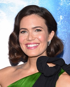 Mandy Moore : When I Wasn t Watching, le single de la chanteuse americaine a un clip