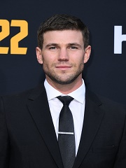 The Oldman : Austin Stowell avec Jeff Bridges dans la serie dramatique d Hulu