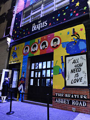 Boutique ephemere Beatles, pop up store pour le groupe de musique a Soho