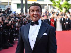 Film Little America avec Sylvester Stallone, long metrage d action de Michael Bay