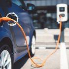 Véhicules électriques: encore plus de points de recharge en France