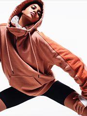 Reebok et Victoria Beckham, collection vestimentaire Essential Purism