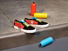 Les Simpson chez Vans sur des sneakers et du pret a porter