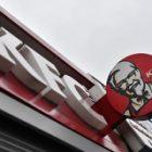 KFC travaille sur des nuggets de poulet sans viande