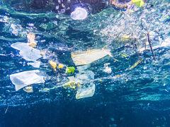 Pollution plastique, recyclage, bioplastique et nettoyage des oceans