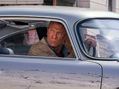James Bond, le film Mourir peut attendre repousse au cinema