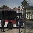 Un bus sans conducteur hors du commun prend la route