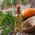 L'huile de carotte pour la santé de la peau et des cheveux