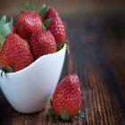 La fraise et ses multiples bienfaits pour la peau et le visage