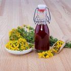 L'huile de millepertuis : une alliée pour la peau